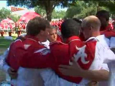 Here comes the Alabama Million Dollar Band – some traditions