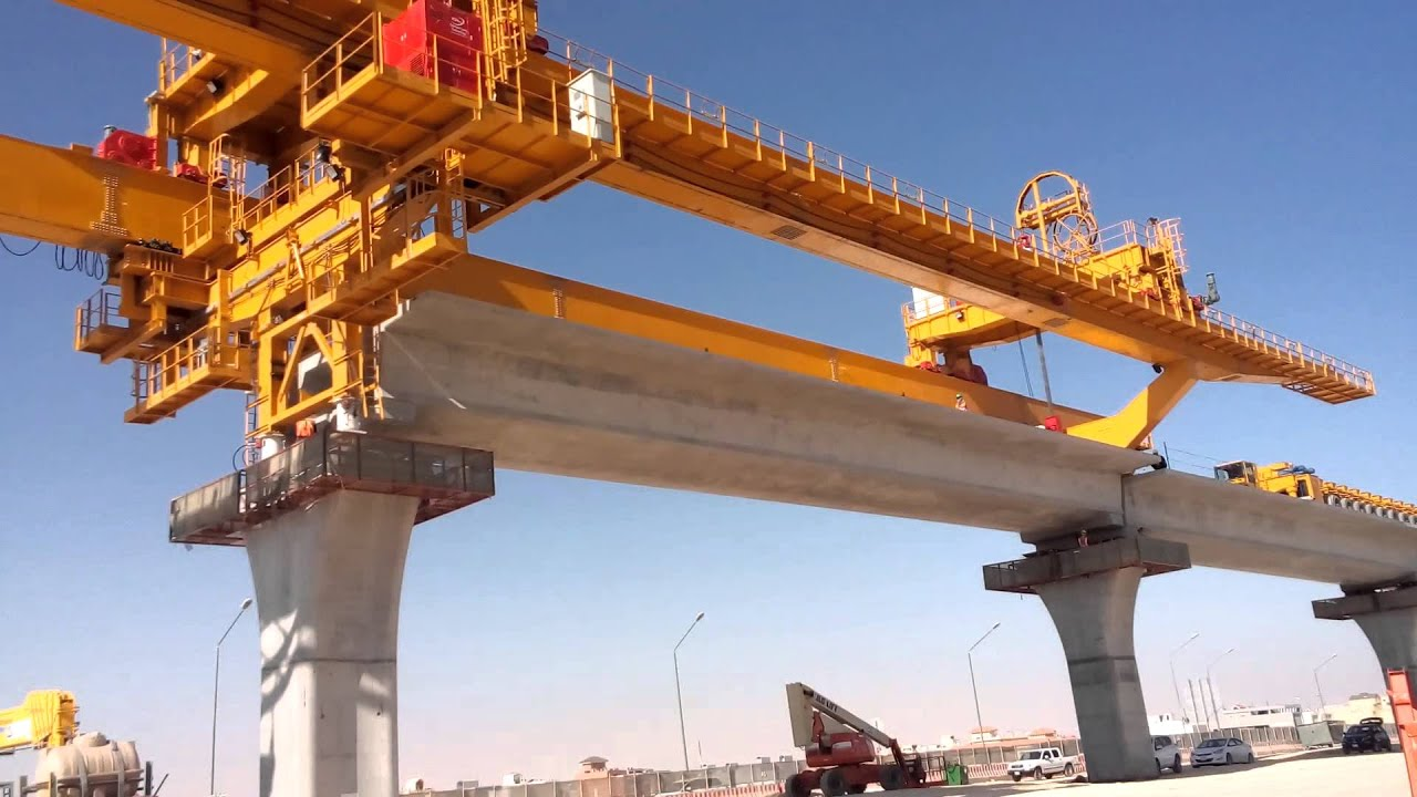 thesis span by span precast segmental Comparisons, the thesis determines optimal ratios of a 7- span highway viaduct  constructed with high-strength concrete two bridge types are investigated: cast- in-situ on false work  precast segmental box girder shown below in table 11.