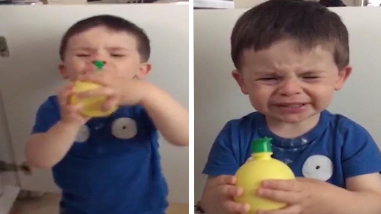 Смешна реакција на дете кое пробува сок од лимон