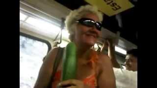 La pana cindy - Tirame algo (La rapera del metro de caracas)