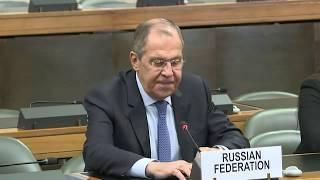 С.В.Лавров зачитывает заявление по Сирии