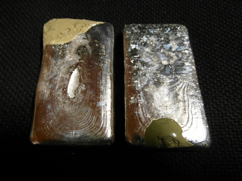 SILVER powders melting and casting bars