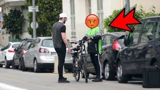 Piéger un livreur en lui prenant son vélo