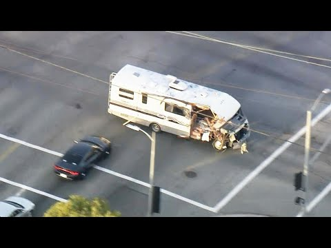 The Woody Show - Is This One of the Craziest Police Chases Ever?