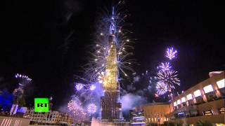 Новогодний фейерверк в Дубае вошел в книгу рекордов Гиннеса(Фейерверк в Дубае признан самым продолжительным и масштабным. Залпы проводились из 400 точек на протяжении..., 2014-01-01T11:42:42.000Z)