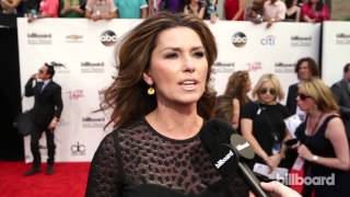 Shania Twain: Billboard Music Awards Red Carpet 2014