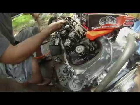 Big block Chevy 454 Howards Cam and Lifter Swap Install How to DIY 7 4l  400hp+ Lope