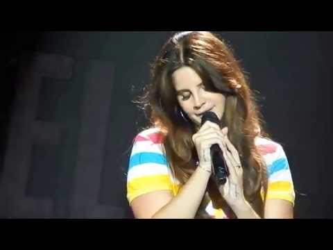 Lana del Rey singing Why Don't You Do Right? Endless Summer Tour