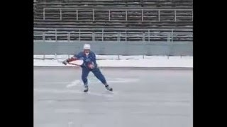 Урок по хоккею с мячом