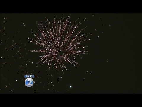 Aloha Tower rings in the new year with fireworks shows every hour
