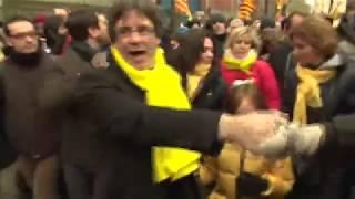 TV3 - Divendres - El perfil de Carles Puigdemont i Marcela Topor Le président de la région Catalogne Carles Puigdemont a proclamé ce mardi