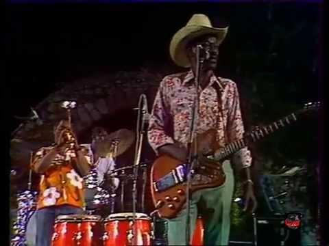 Gatemouth Brown w Dizzy Gillespie - Frosty (Live video-1977)