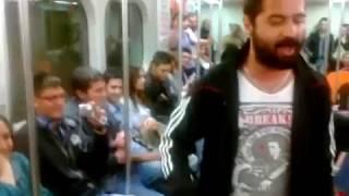 Gambar cover KORAY AVCI metro da ilk meşhur olduğu zaman ilk videosu