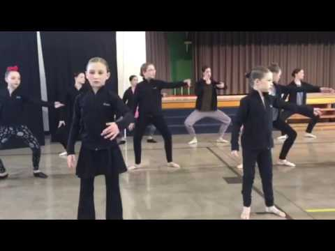 Dance Studio 150 warm up