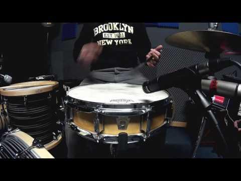 steve-jordan---trick-nº3-[brushes]-by-miki-grau