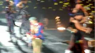 Video [HD Fancam] Big Bang Alive Tour in Singapore - Fantastic Baby download MP3, 3GP, MP4, WEBM, AVI, FLV Juli 2018