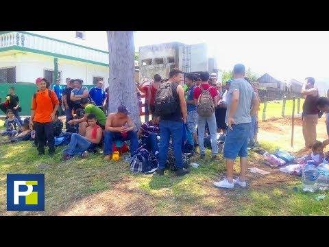 Rescatados de la muerte: Hallan a 100 inmigrantes que viajaban en un camión en México