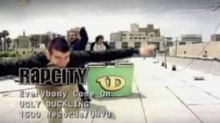 Teledysk: Ugly Duckling - Everybody Cmon