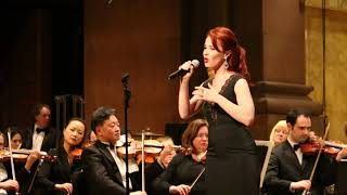 """Sierra Boggess - """"Think of Me"""" (French)"""