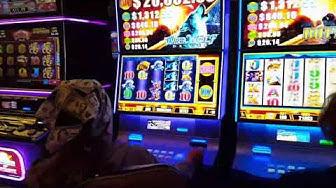 casino jackpot/LADY HIT A JACKPOT of $108,000 FAST CASH TIMBER WOLF slot machine at RAMPART CASINO