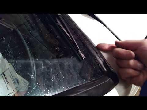 Что нельзя делать с лобовым стеклом