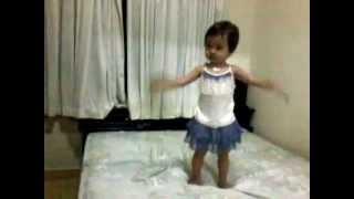 paparazi snsd baby dance