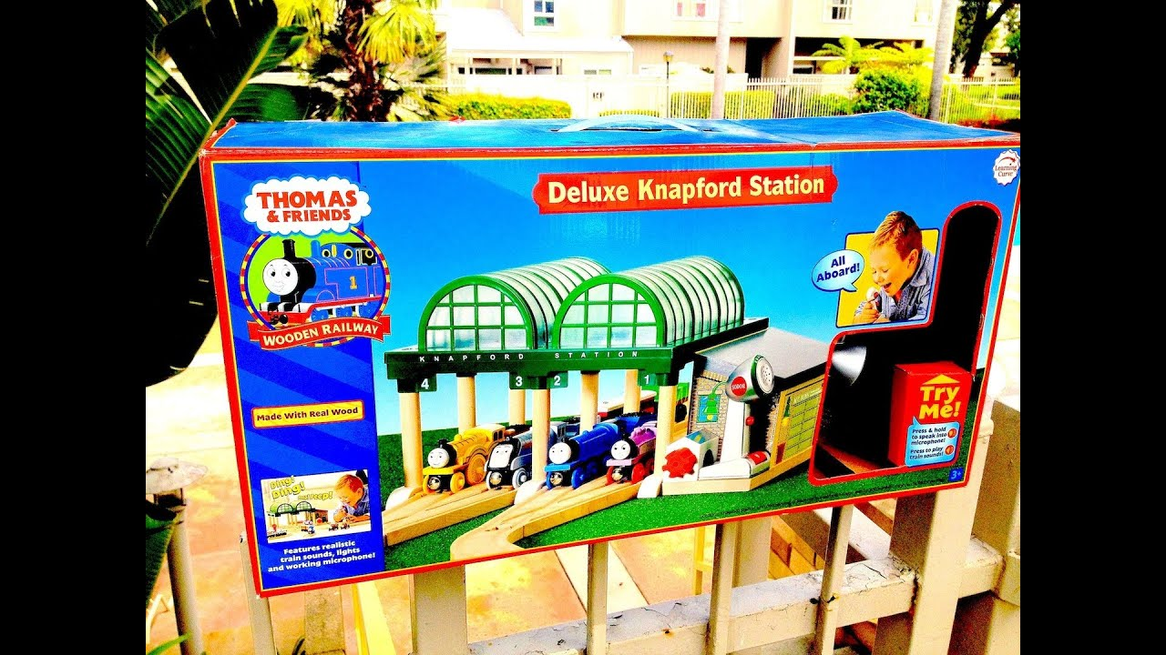 Deluxe Knapford Station - 60 Second Reviews - Thomas The Tank Engine ...
