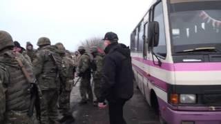 Полное видео как полиция и сбу разгоняют хероев ато,которые остановили титушек порошенко