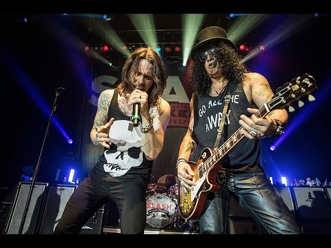Guns N' Roses Reunion Tour Slated For 2016