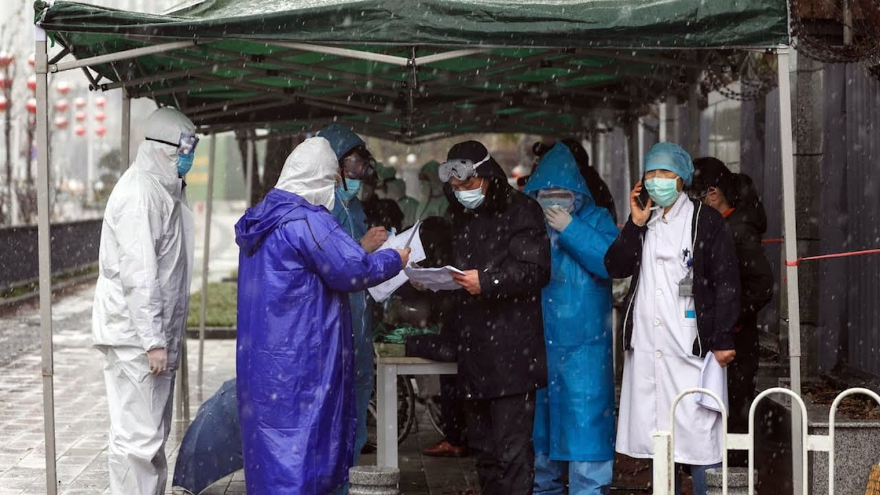 China holds high-level crisis meeting over COVID-19 outbreak