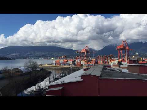 Port of Vancouver container crane operations