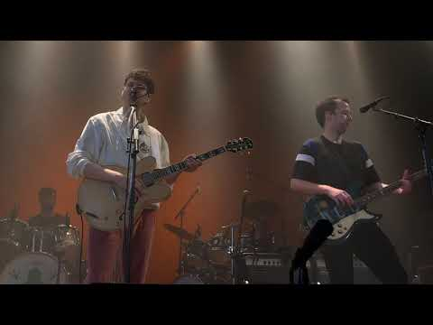 """Vampire Weekend - """"Late in the Evening"""" (Paul Simon cover) *FIRST LIVE PERFORMANCE* London 3/23/19"""