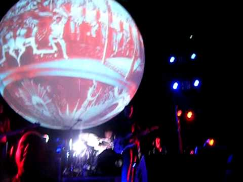 Smashing Pumpkins - Tonight, Tonight (Live in Perth 26/07/2012)