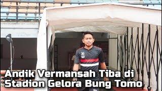 Jelang Persebaya Vs Madura United, Tiba di Stadion Gelora Bung Tomo, Andik Vermansah Disambut Bonek