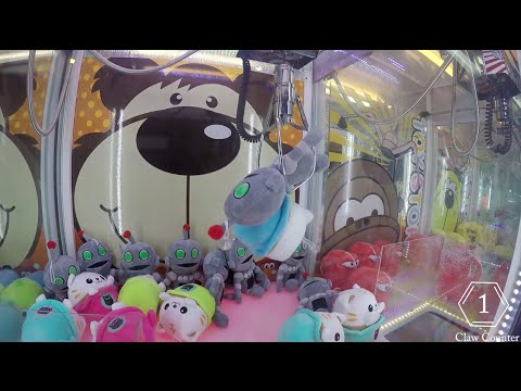 MOST CLAW MACHINE WIN EVER (FOR ME)