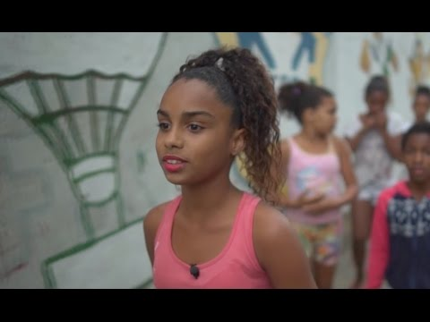 REPORTAGE - Greicielle (12) Woont In Een Favela In Rio
