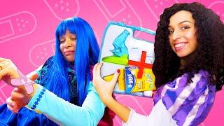 Смешные видео онлайн – Вредные Принцессы Дисней играют в доктора! - Веселые игры для девочек.