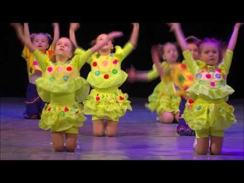 Группа 5  танец Паровоз букашка Золотой ключик