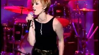 [11] Pat Benatar - Heartbreaker - Live 2001