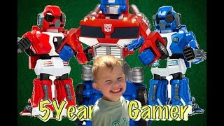 5 Year Old Gamer - Play Time - Boxing Robots vs. Transformer