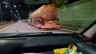 Бешеный бензовоз на М4, 150 км/ч!!!