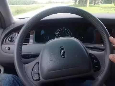 2000 Lincoln Town Car Test drive