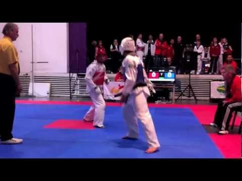 Yellow vs black belt teakwondo Sparring