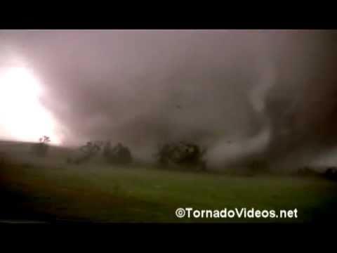 ANGRY OCTOPUS! or VIOLENT wedge tornado video! May 24, 2011: Lookeba, Oklahoma