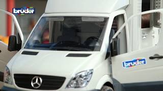 Mercedes-Benz Sprinter Pferdetransporter -- 02533  -- BRUDER Spielwaren