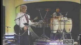 Viguen - Chera Nemiraghsi (Armenian) (Live) | ویگن - چرا نمی رقصی