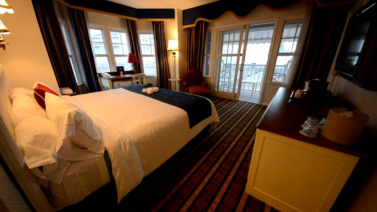 Disney 39 s yacht club resort room tour disney world youtube for Garden view rooms at disney beach club