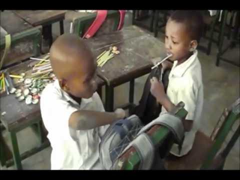 Bezoek aan Instituut Zamenhof - Stichting Een School in Togo - 2012