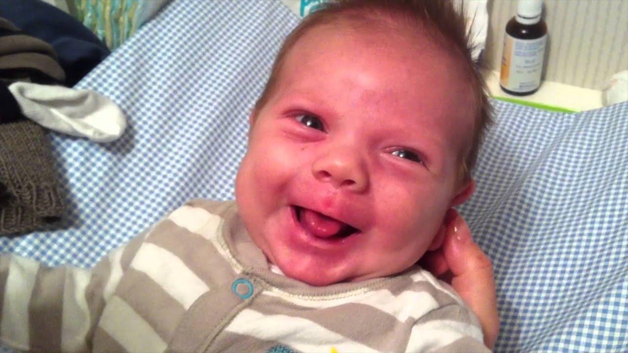 47 Top Photos Wann Lächeln Baby Das Erste Mal : Milestone