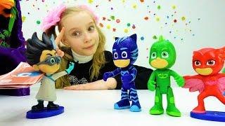 Герои в масках, банк и Ромео - Видео для детей с игрушками